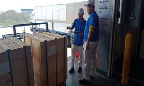 Loading & Delivery to Customers
